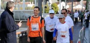 lors-de-la-marche-de-3-km-le-plus-ancien-concurrent-age-de-80-ans-a-pu-participer