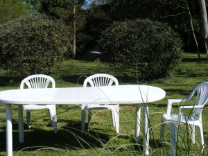 """table de jardin"""