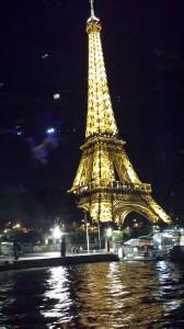 Une série sur la Tour Eiffel qui clôture cette balade